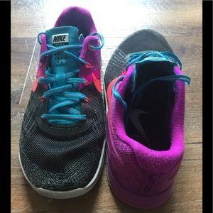 Women's Size 8 Nike Metcons